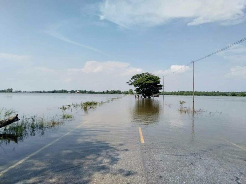 ระดับน้ำในแม่น้ำยมเพิ่มสูงขึ้น